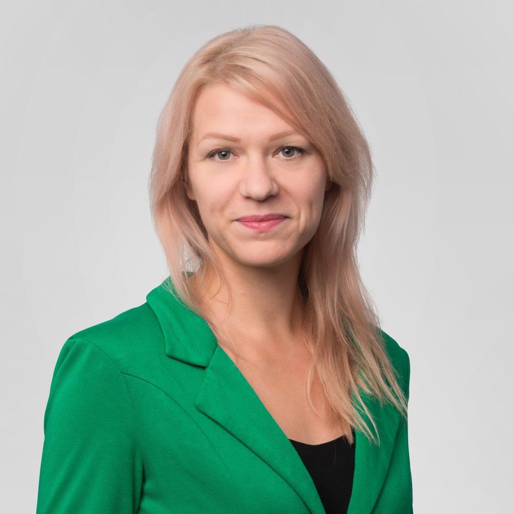 Arvokas-ohjelman viestintäkoordinaattori Heidi Härmä